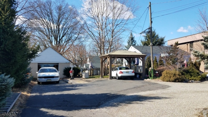 Photo of home for sale at 654 N MICHIGAN AVE, Kenilworth Boro NJ