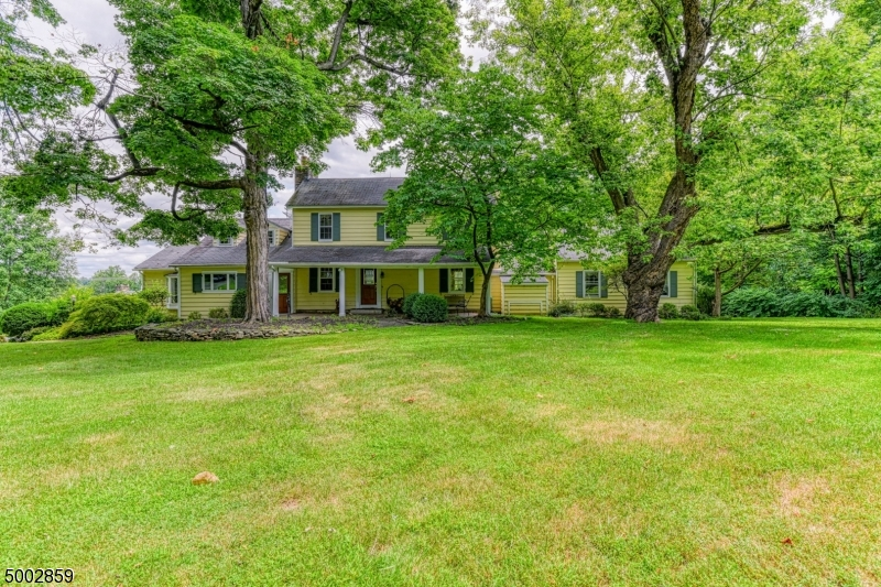 Photo of home for sale at 28 HOLLOW BROOK RD, Tewksbury Twp. NJ