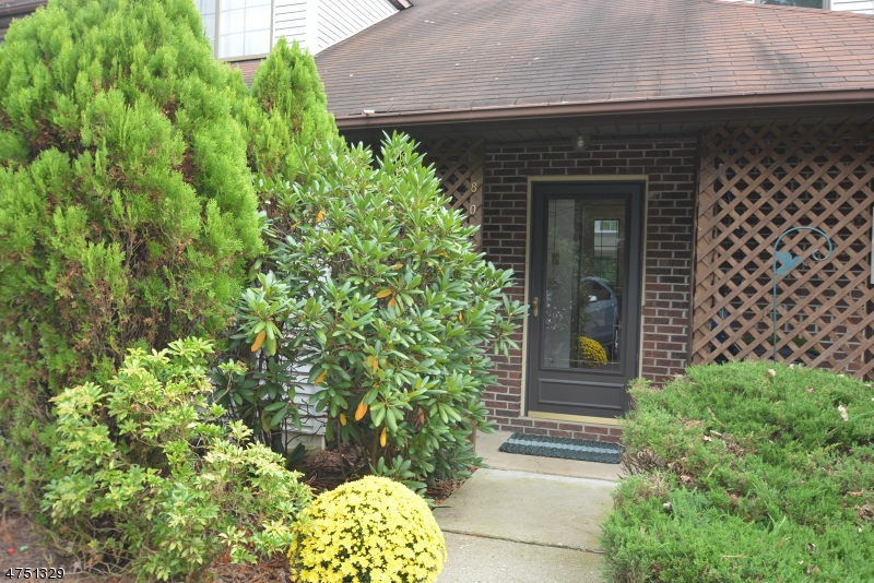 805 Kathleen Ct Mine Hill Twp., NJ 07803 - MLS #: 3424394