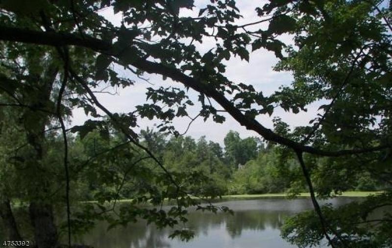 139 Pine Tree Rd Bloomingdale Boro, NJ 07403 - MLS #: 3424494