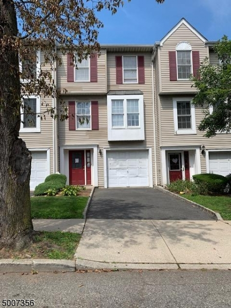 Photo of home for sale at 7 HONISS PL, Newark City NJ