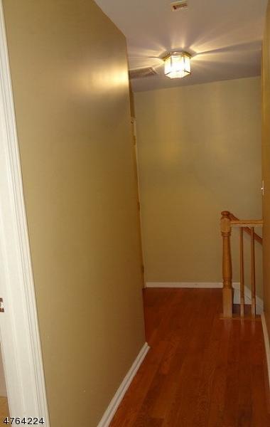 705 Firethorn Dr Union Twp., NJ 07083 - MLS #: 3434595