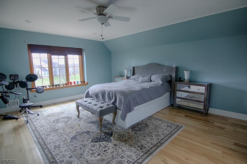 61 Colin Ct Branchburg Twp., NJ 08853 - MLS #: 3464095