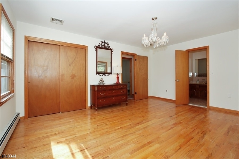 38 FARVIEW AVE Hanover Twp., NJ 07927 - MLS #: 3508395