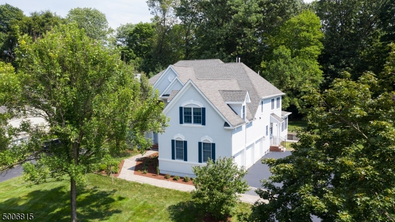 Photo of home for sale at 21 SOUTHERN HILLS DR, Montgomery Twp. NJ