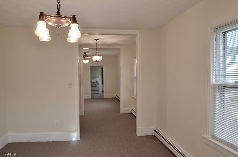 35 Main St Hampton Boro, NJ 08827 - MLS #: 3461796