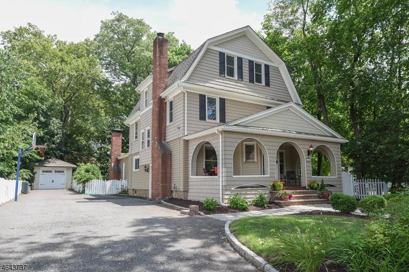 Property for sale at 143 Kenilworth Rd, Ridgewood Village,  NJ 07450