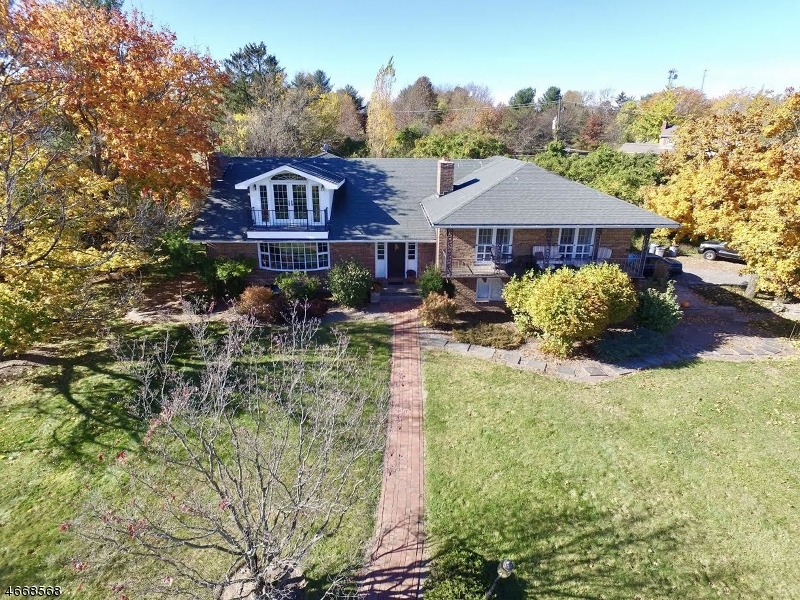 Photo of home for sale at 164 Klinesville Rd, Raritan Twp. NJ
