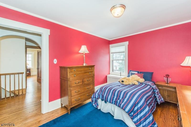 26 Spencer Rd Glen Ridge Boro Twp., NJ 07028 - MLS #: 3453297