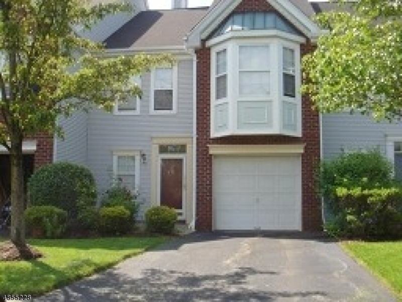 Photo of home for sale at 37 HERITAGE CT, Montville Twp. NJ