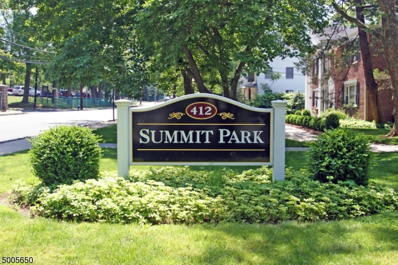 Photo of home for sale at 412 MORRIS AVE UNIT 22, Summit City NJ