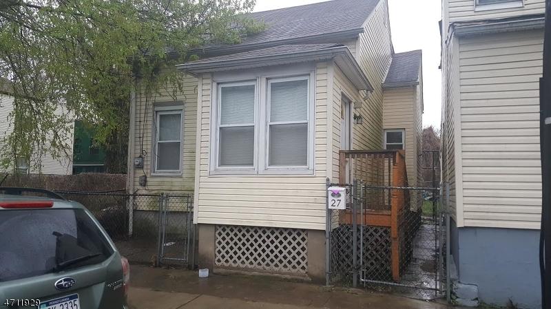 27 Bergen St Paterson City, NJ 07522 - MLS #: 3385898