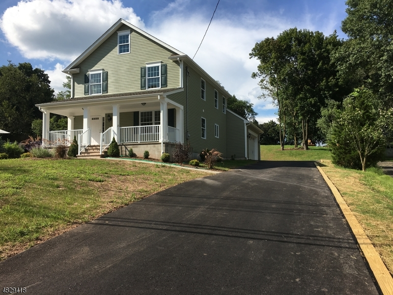 Photo of home for sale at 105 FAIRVIEW DR, Branchburg Twp. NJ