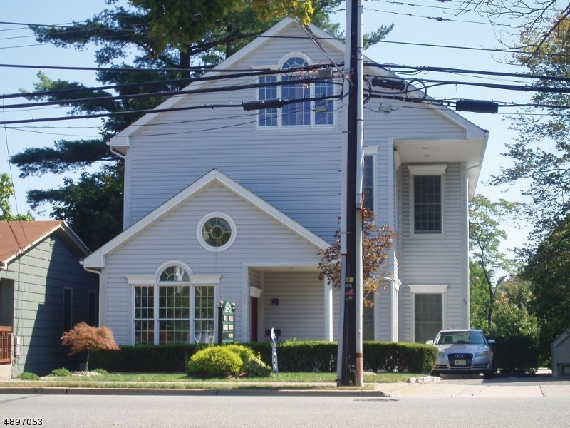 Photo of home for sale at 46 N CENTRAL AVE, Ramsey Boro NJ