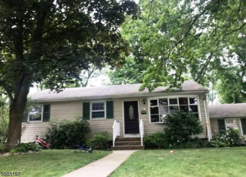 Photo of home for sale at 176 FIRENZE ST, Northvale Boro NJ
