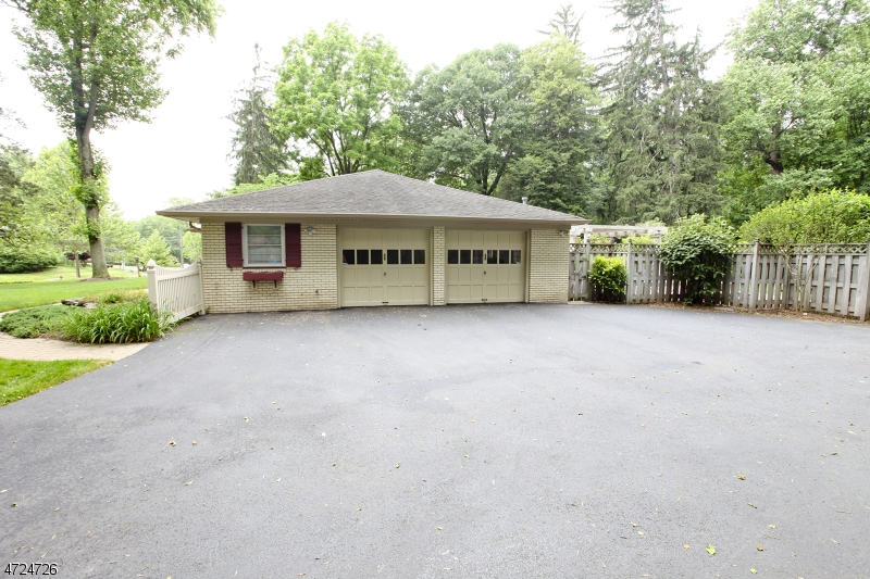 170 Rockview Ave North Plainfield Boro, NJ 07060 - MLS #: 3397899