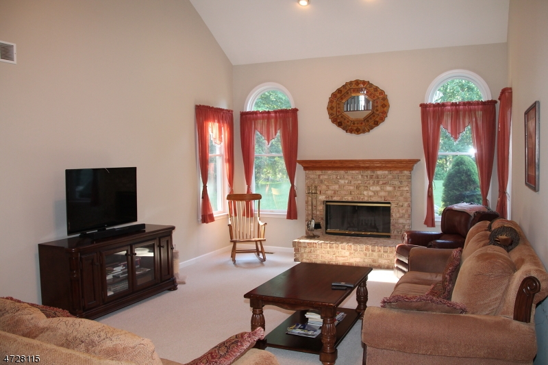 26 ALPAUGH DR, BETHLEHEM TWP., NJ 08802  Photo