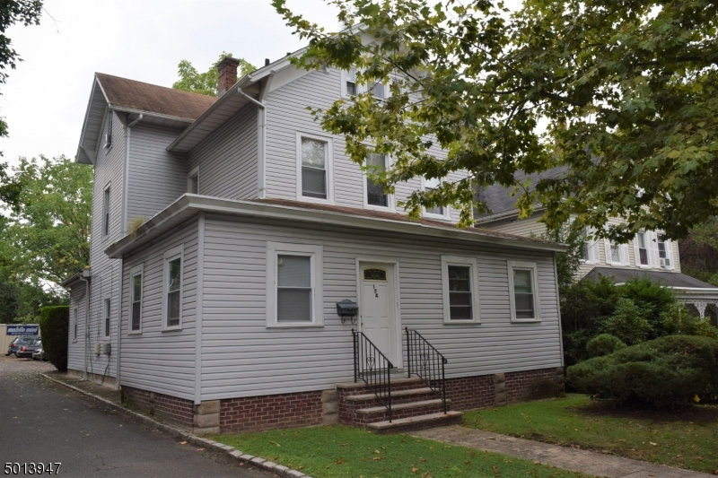 Property for sale at 174 Irvington Ave -1st Floor, South Orange Village Twp.,  New Jersey 07079