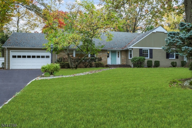 Property for sale at 182 Glenview Rd, South Orange Village Twp.,  New Jersey 07079