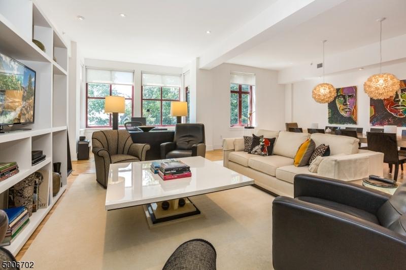 Property for sale at 85 Park Ave Unit: 202, Glen Ridge Boro Twp.,  New Jersey 07028