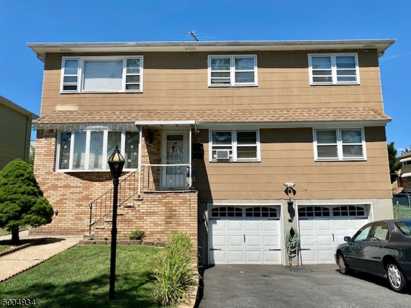Property for sale at 7 Nancy Pl, Bloomfield Twp.,  New Jersey 07003