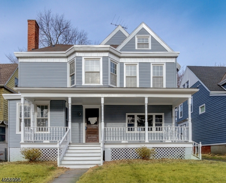 Property for sale at 22 Glenwood Pl, East Orange City,  New Jersey 07017