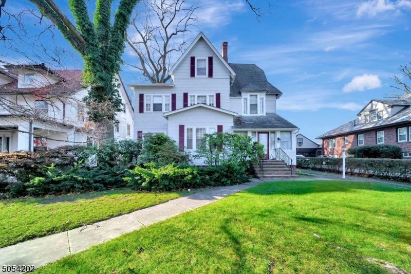Property for sale at 272 Ridgewood Ave, Glen Ridge Boro Twp.,  New Jersey 07028