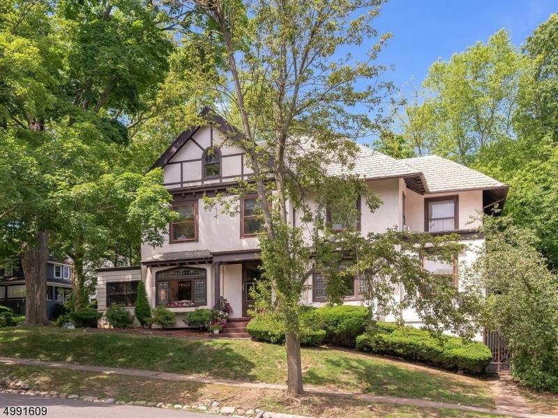 Property for sale at 21 Clinton Rd, Glen Ridge Boro Twp.,  New Jersey 07028