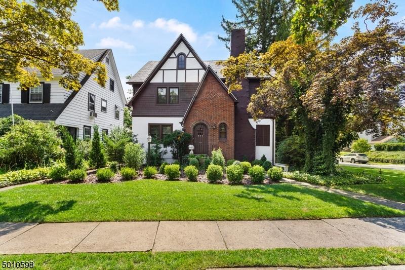 Property for sale at 354 Washington St, Glen Ridge Boro Twp.,  New Jersey 07028