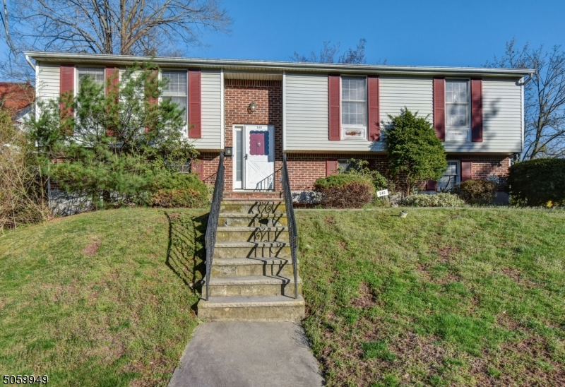 Property for sale at 540 Centre St, South Orange Village Twp.,  New Jersey 07079