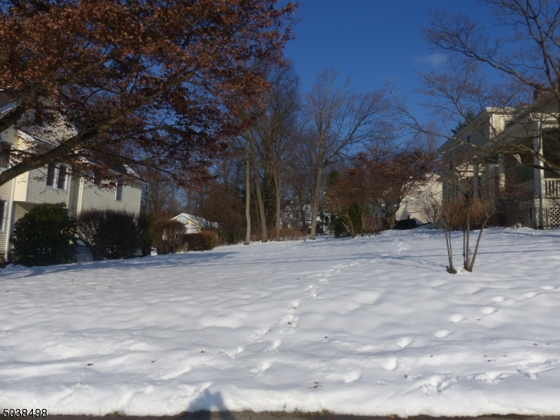 Property for sale at Crane St, Caldwell Boro Twp.,  New Jersey 07006