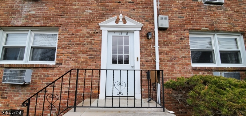 Property for sale at 87 Elm Rd Unit: 2A, Caldwell Boro Twp.,  New Jersey 07006