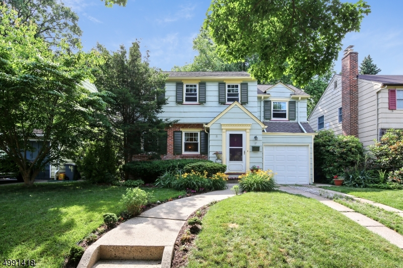 Property for sale at 17 Sommer Ave, Glen Ridge Boro Twp.,  New Jersey 07028