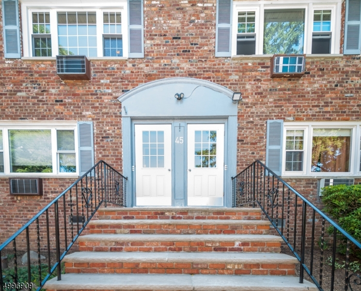 Property for sale at 45 Wedgewood Dr Unit 128 Unit: 128, Verona Twp.,  New Jersey 07044