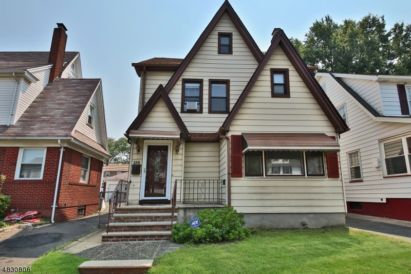 Property for sale at 136 N Seventeenth St, Bloomfield Twp.,  New Jersey 07003