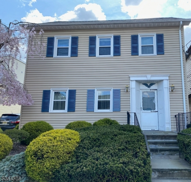 Property for sale at 8 Brookside Ave, Caldwell Boro Twp.,  New Jersey 07006