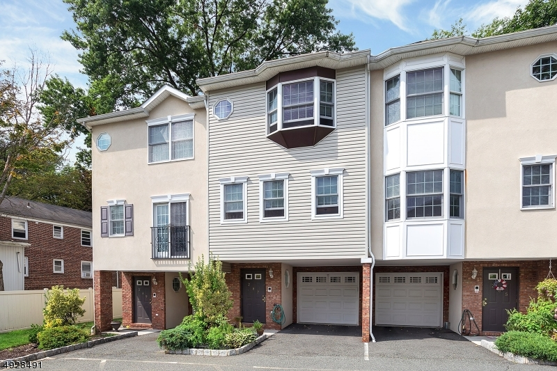 Property for sale at 287 Park Ave Unit: 5, Nutley Twp.,  New Jersey 07110