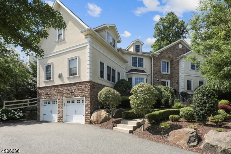Property for sale at 14 Efstis Ct, West Orange Twp.,  New Jersey 07052