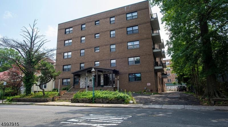 Property for sale at 18 Prospect Street-C4D Unit: 4D, South Orange Village Twp.,  New Jersey 07079