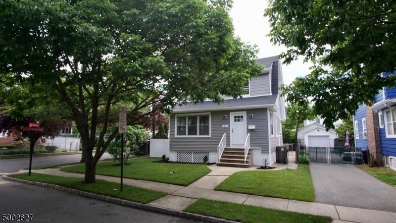Property for sale at 84 N Fulton St, Bloomfield Twp.,  New Jersey 07003