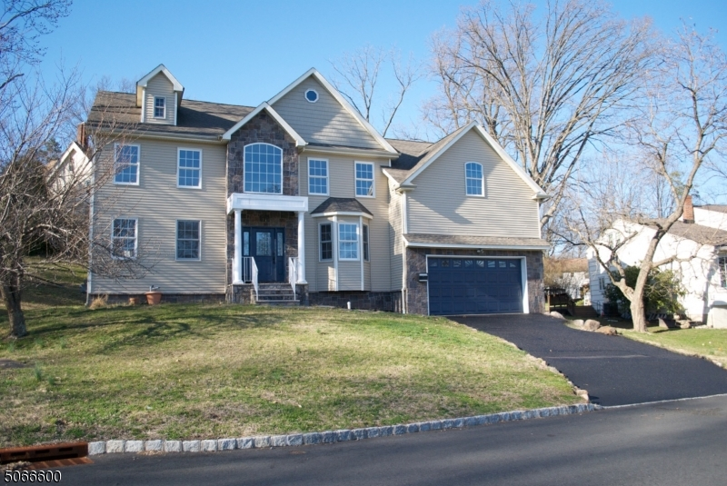 Property for sale at 21 Winding Way, West Orange Twp.,  New Jersey 07052