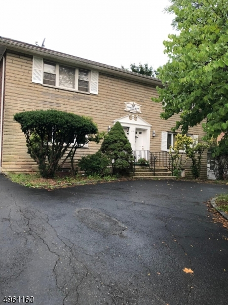 Property for sale at 200 Irvington Ave 4A Unit: 4A, South Orange Village Twp.,  New Jersey 07079