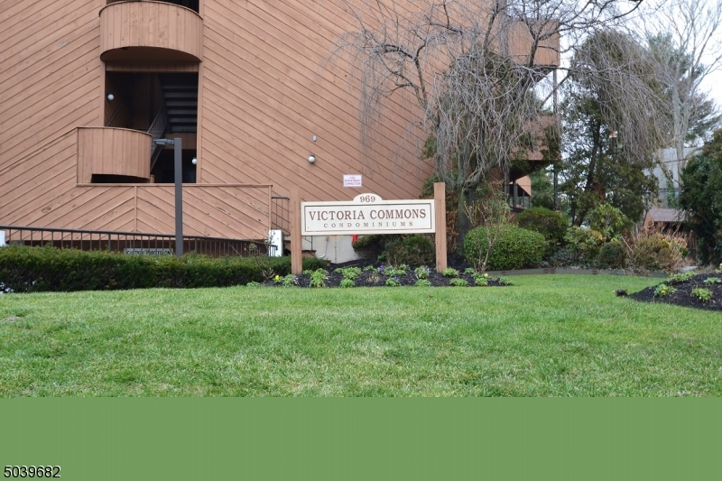 Property for sale at 971 Bloomfield Ave Unit: C-2, Glen Ridge Boro Twp.,  New Jersey 07028