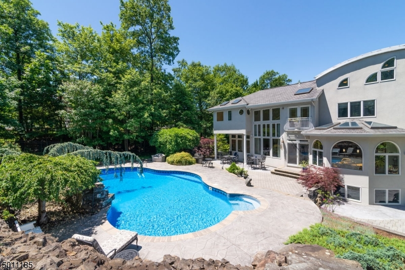 Property for sale at 122 Glen Rock Rd, Cedar Grove Twp.,  New Jersey 07009