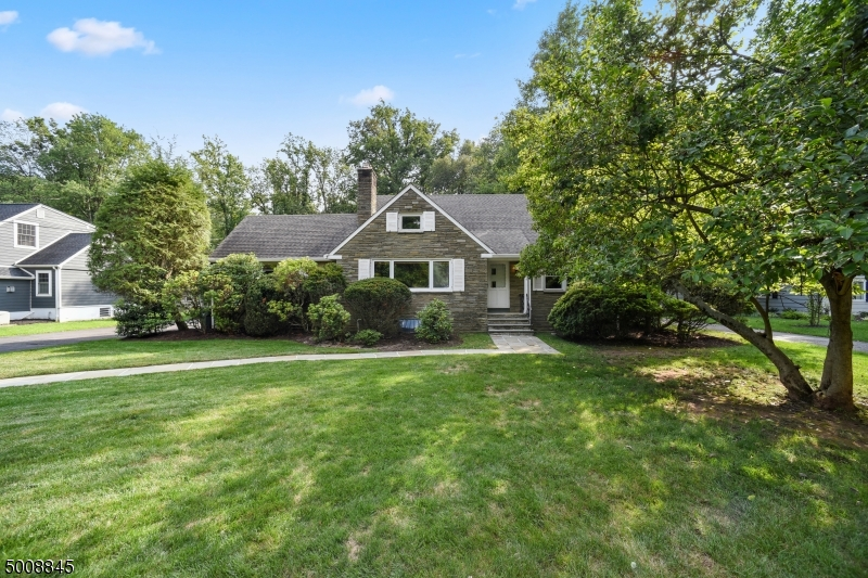 Property for sale at 1904 Winding Brook Way, Scotch Plains Twp.,  New Jersey 07076