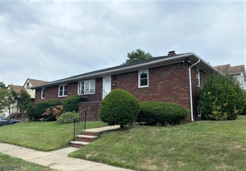 Property for sale at 4 Evergreen Ave, Nutley Twp.,  New Jersey 07110
