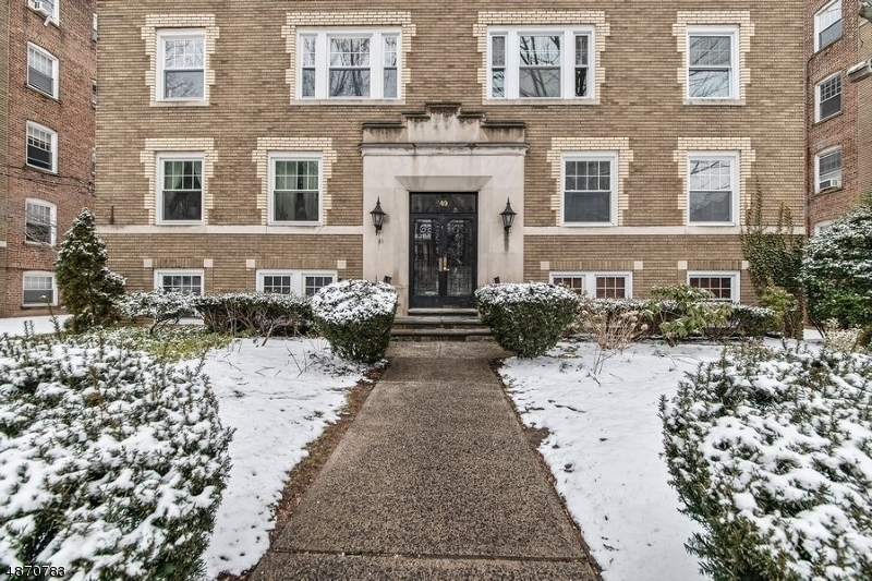 Property for sale at 49 Park Ave Unit 6 Unit: 6, Bloomfield Twp.,  New Jersey 07003
