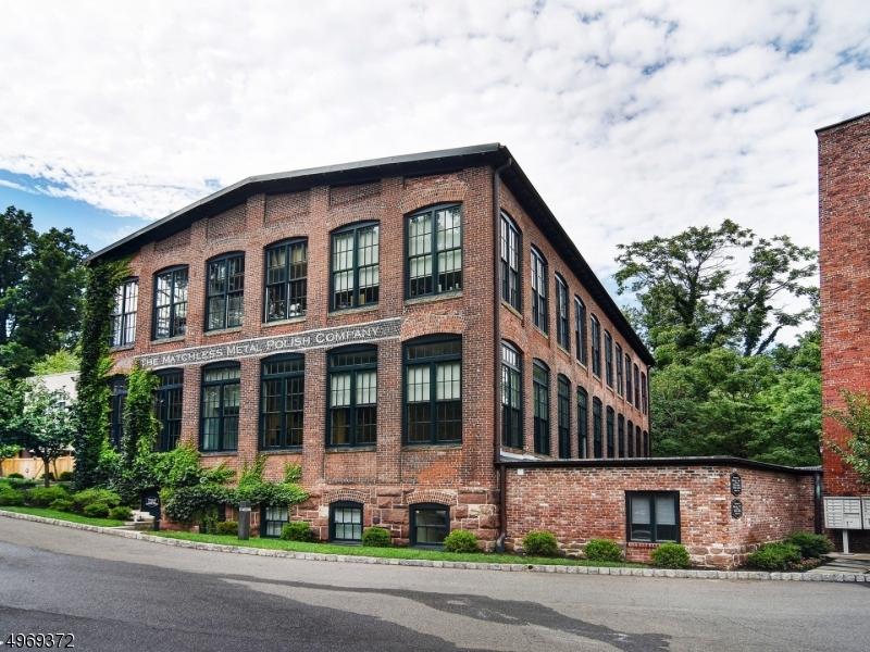Property for sale at 25 Clark Street  Unit 201, Glen Ridge Boro Twp.,  New Jersey 07028