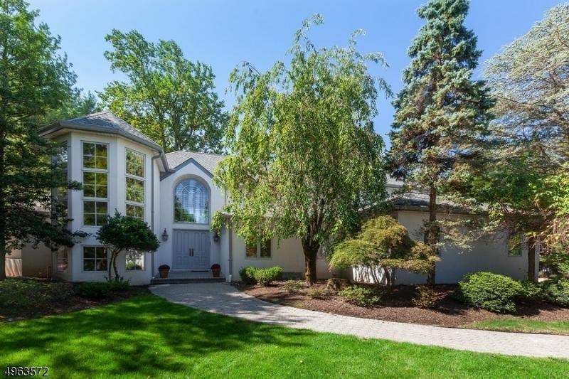 Property for sale at 55 E Hamilton Dr, North Caldwell Boro,  New Jersey 07006
