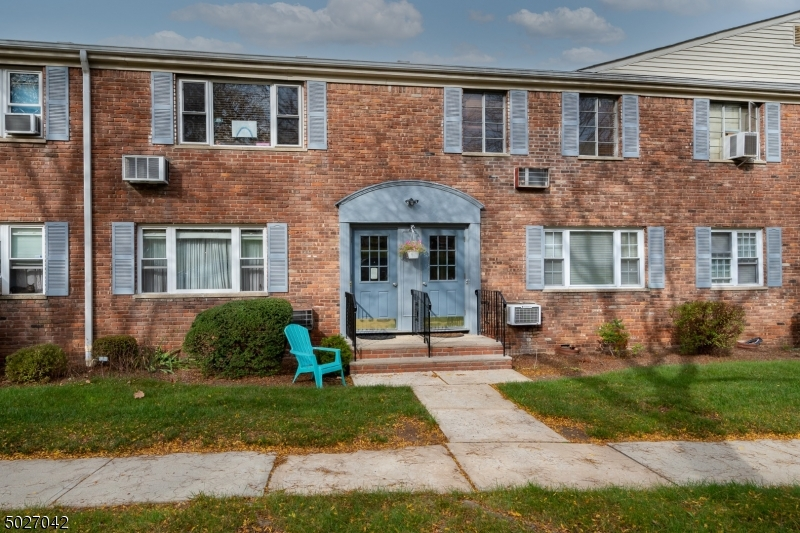 Property for sale at 14 Wedgewood Dr Unit 20 Unit: 20, Verona Twp.,  New Jersey 0